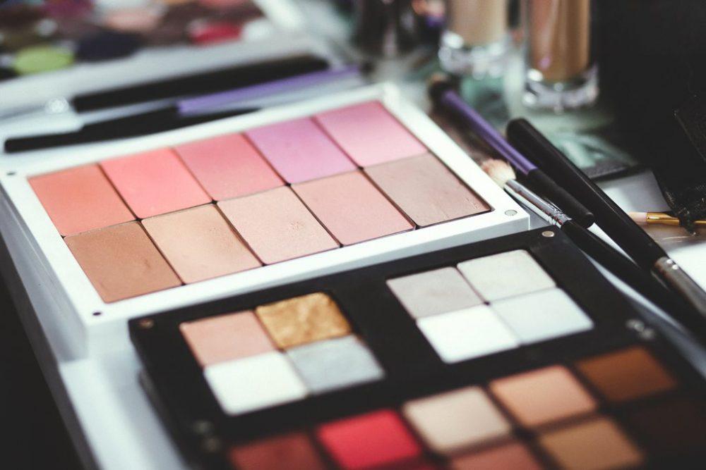 Con Styloo il make up artist e l'estetista sono a portata di click!